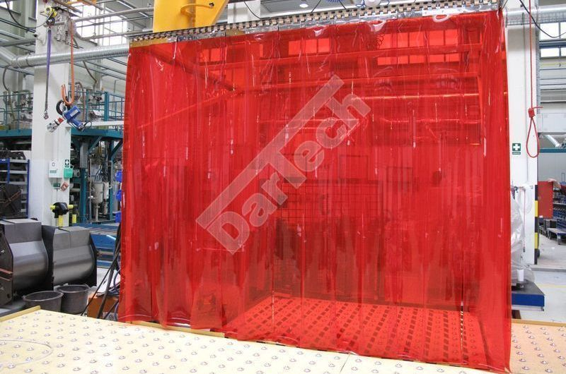 Schweißervorhang aus PVC Streifen mit UV-Schutz